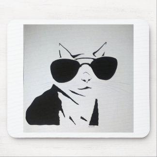 Coole Katze in Schwarzweiss Mousepads
