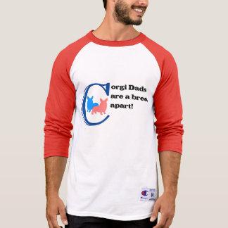 Corgi-Vatis sind eine Zucht auseinander T-Shirt