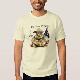 D.I. BULLDOGGE/ZÜCHTETE VON EINEM BOTTICH AN T-Shirt