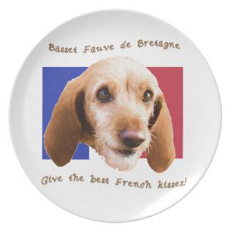 Dachshund Fauve deBretagne geben gut französische Melaminteller