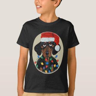 Dackel Sankt verwirrt in den Weihnachtslichtern T-Shirt