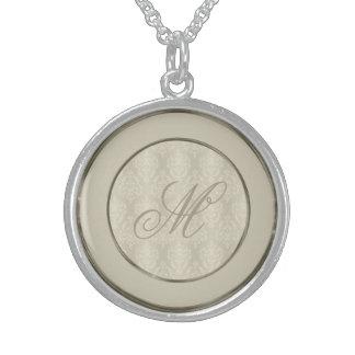 Damast-Kerzenlicht-Creme-Monogramm Sterling Silberkette