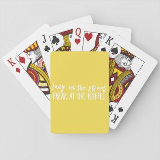 Dame im Straßen-Freak am Buffet Spielkarten