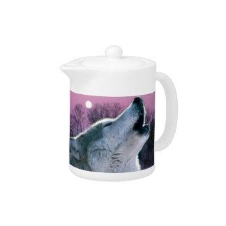 Dämmerungswaldwaldmondscheinheulenwolf