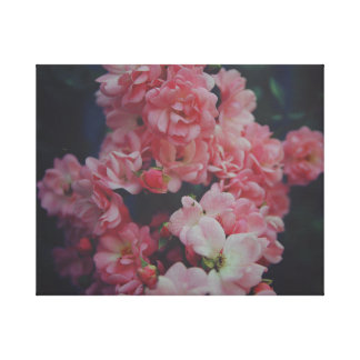 Dark Roses Leinwanddruck