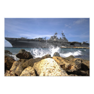 Das Angriff mit Amphibienfahrzeugsschiff USS Kears Photographie