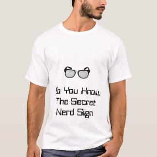 Das Nerd-Zeichen T-Shirt