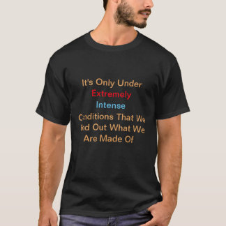 Das T-Shirt der extrem intensiven Männer