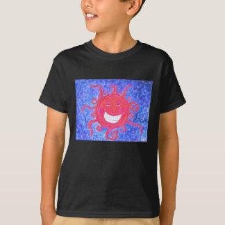 Das T-Shirt des Kindes - kosmischer Sonnenschein