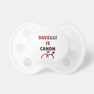Davekat ist Canon (v1) Schnuller