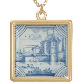 Delft-Fliese, die einen Drawbridge über einem Kana Halskette Mit Quadratischem Anhänger
