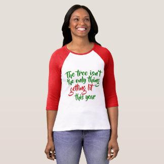 Der Baum ist nicht die einzige Sache, die Lit T-Shirt