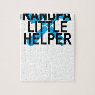 DER KLEINE HELFER DES GROSSVATERS. PUZZLE