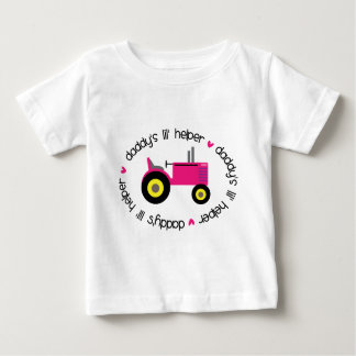 Der Lil des Vatis Helfer-Traktor-Mädchen Baby T-shirt