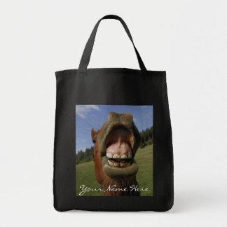 Der Mund des lustiges Pferds vergessen zu bürsten Einkaufstasche