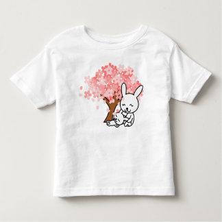 Der niedliche T - Shirt des
