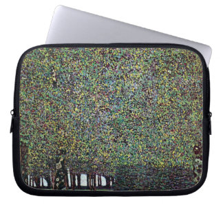 Der Park durch Gustav Klimt, Vintage Kunst Nouveau Laptop Sleeve Schutzhülle