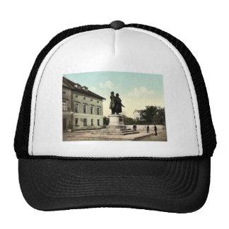 Der Schiller und das Goethe Monument, Weimar, Baseballmützen