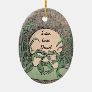 Der Spaß, der grüner Frosch-Paare auf Keramik Ornament