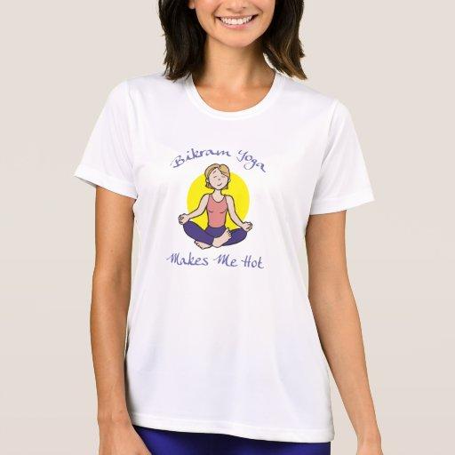 Der T - Shirt der lustigen Bikram Yoga-Frauen