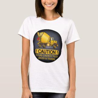 Der T - Shirt der zukünftigen konkreten