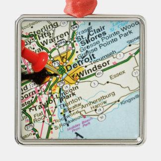 Detroit Silbernes Ornament