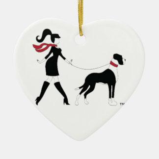 Deutsche Dogge und Mädchen Keramik Herz-Ornament