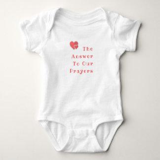 Die Antwort zu unseren Gebeten - Baby-Ausstattung Baby Strampler