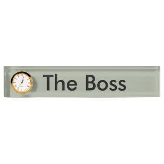 Die Chefschreibtisch-Namenplatte