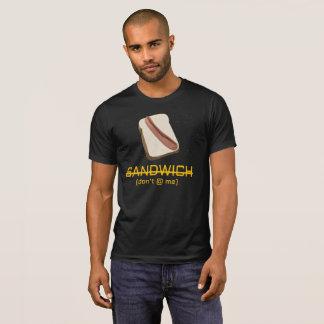 Die große Würstchen-Debatte - VEREINBART T-Shirt