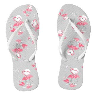 Die multi Flamingo-Liebe drehen Reinfälle um Badesandalen
