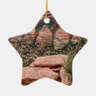 Die Ofen-Felsen-Bildungs-Western-Landschaft Keramik Stern-Ornament