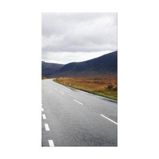 Die Reise in Schottland Gespannter Galeriedruck