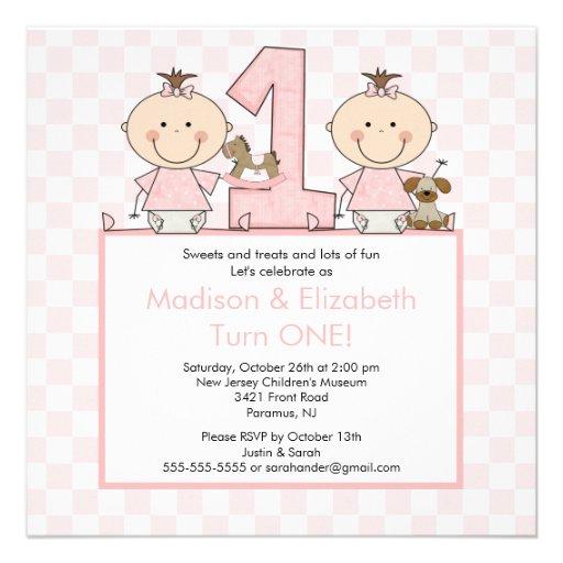 Doppelmädchen-Strichmännchen paart Personalisierte Einladung