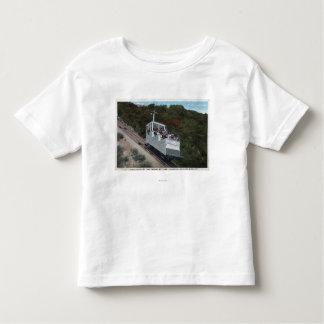 Drahtseilbahn auf Neigungs-Ansicht Kleinkinder T-shirt