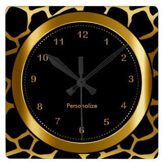 Dunkles Gold und schwarzer Giraffen-Muster-Druck Quadratische Wanduhr