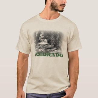 Durch den Fluss T-Shirt
