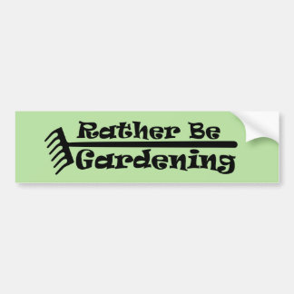 Eher arbeitet im Garten Autoaufkleber