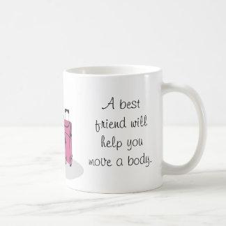 Ein bester Freund hilft Ihnen, den Körper zu Tasse