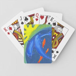 Ein buntes Wasserkartenstapeles Spielkarten