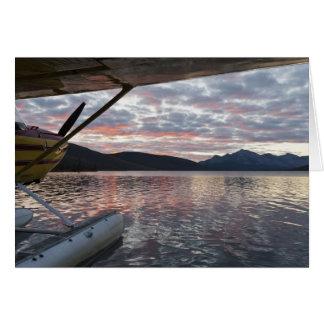 Ein floatplane im landschaftlichen Takahula See Karte