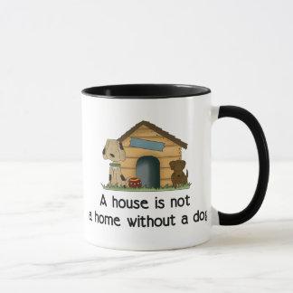 Ein Haus ist nicht ein Zuhause ohne eine Tasse