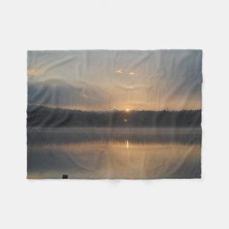 Ein hübscher Sonnenaufgang Fleecedecke