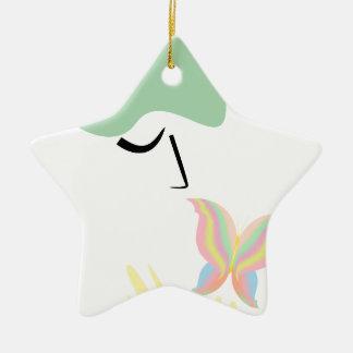 Ein Mädchen und ein Schmetterling Keramik Stern-Ornament