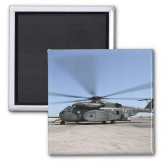 Ein MH-53E Seedrachehubschrauber Quadratischer Magnet