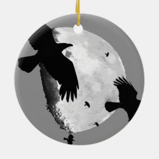 Ein Mord an den Krähen und am Mond Keramik Ornament