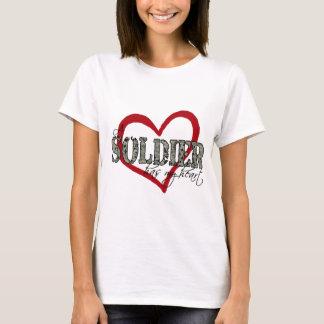 Ein Soldat hat mein Herz T-Shirt