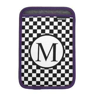 Einfaches Monogramm mit schwarzem Schachbrett iPad Mini Sleeve