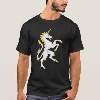 Einhorn mit goldenem Horn und Endstück T-Shirt