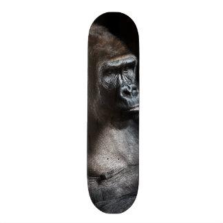 Einsamer Gorilla Skateboardbrett